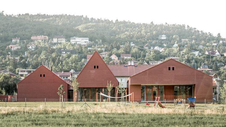 Nursery in Nagykovácsi by Földes Architects / #brick #daycare #bölcsőde #glazed #facade