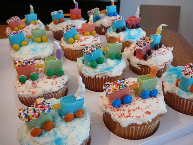 Childrens birthday cake ideas train
