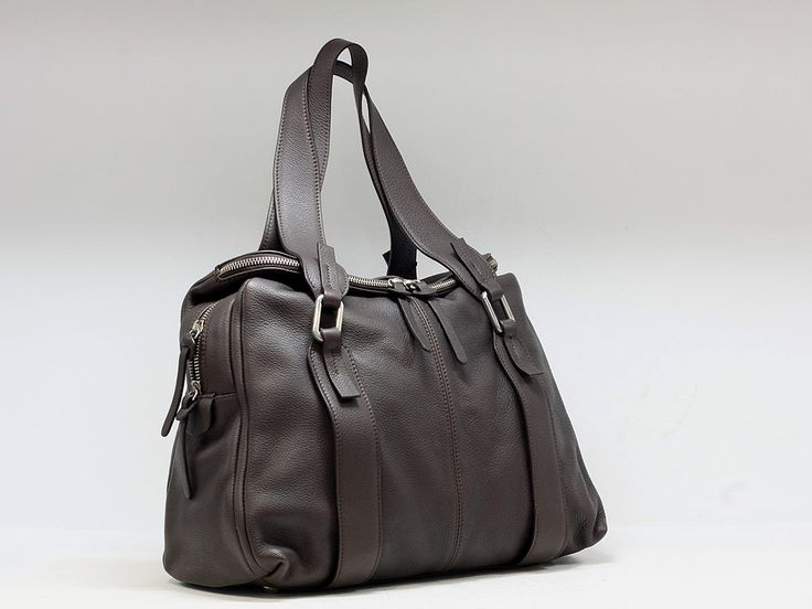 "Suveran bags & more - Administration - Product <small><small>[ Edit ]</small></small> <span style=""color: #666666; font-size: large;""><a href=""http://www.posetepiele.ro/index.php?option=com_virtuemart&view=productdetails&virtuemart_product_id=4960"" target=""_blank"" >Poseta dama piele P63 (Poseta dama piele P63)<span class=""vm2-modallink""></span></a></span>"