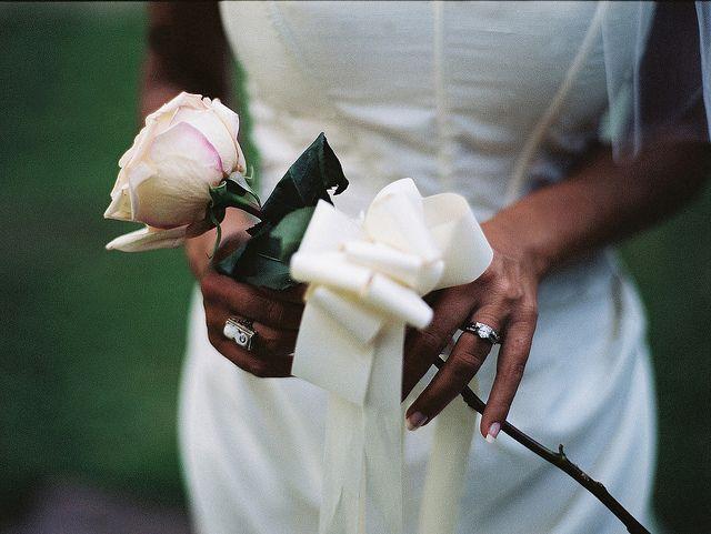 best 25  single flower bouquet ideas on pinterest