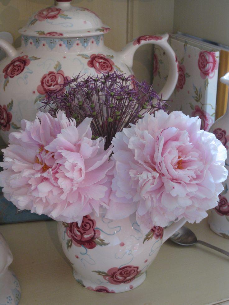 Emma Bridgewater Rose & Bee