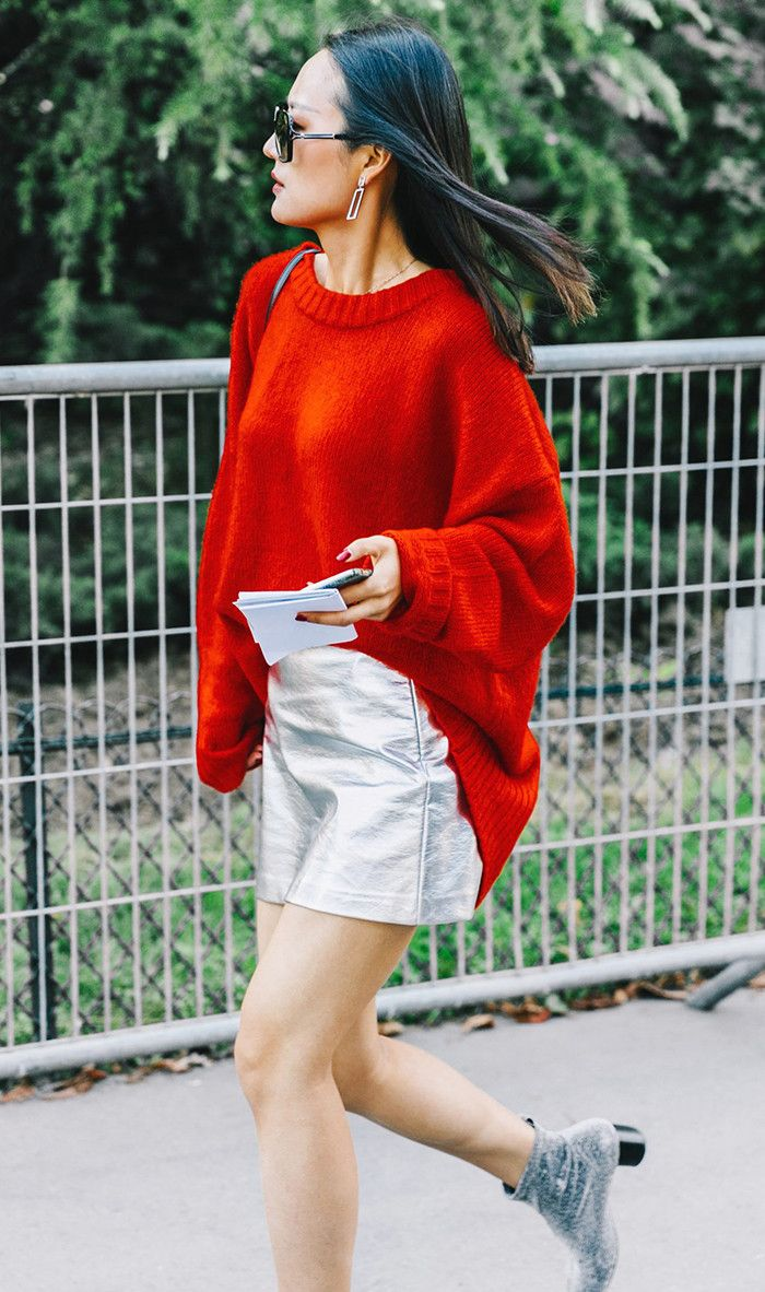 Looking for a flattering way to wear a bulky sweater? We're showcasing our best styling trick right here.