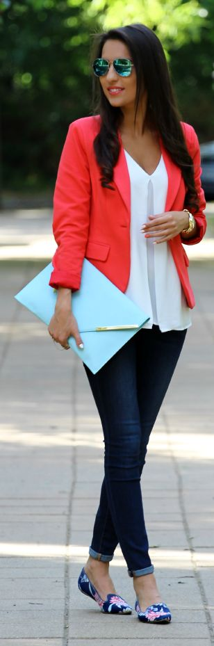 Love the White Chiffon Box-pleated V-neck Blouse paired with the jacket and jeans. Simply divine!