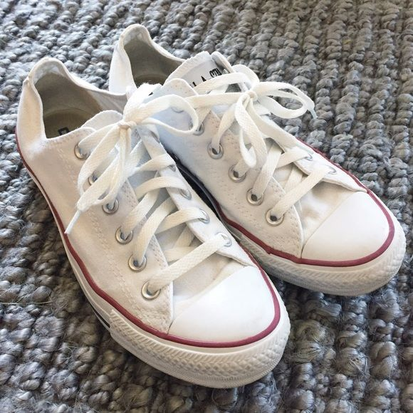 Converse Chuck Taylor White Converse Chuck Taylor White. Womens Size 8/Mens 6. VEUC! Converse Shoes Sneakers