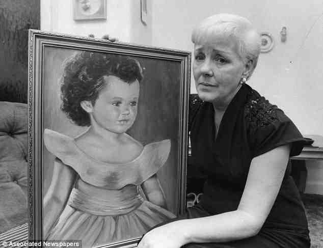 ann west with her portrait of her daughter lesley myra