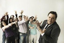 """""""Yπάρχει και Φιλότιμο"""" από το ΔΗΠΕΘΕ Κρήτης - Tranzistoraki's Page!"""