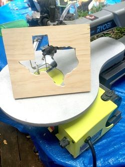 Scroll saw Texas home decor! Easy DIY. Used the Silhouette Cameo to put a vinyl Texas sticker, then used the Ryobi scroll saw to  cut out Texas