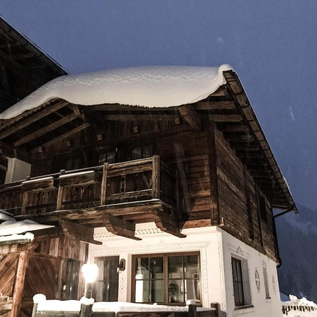 Good morning from #snowparadise #soelden