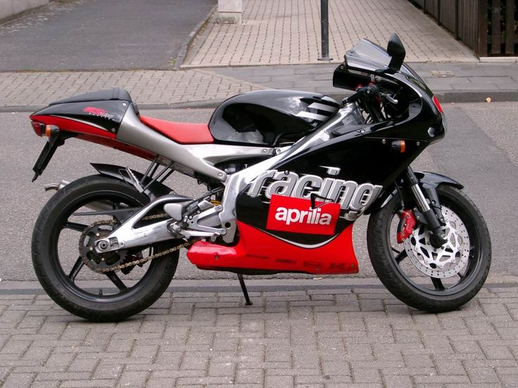 My mid-life crisis started early and I started getting into bikes as I entered my 30's. This was my first, an Aprilia RS125. It was...Italian. It looked great but was temperamental and only worked sporadically.