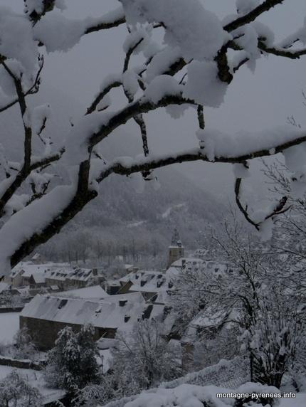 Guchan sur neige - Montagne Pyrénées