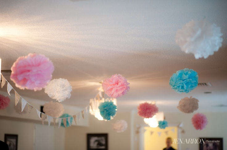 Puffy Flowers and Bunting Decoration!    photo credit to the most amazing Jen Arron  www.jenarron.com  from this blog post:  http://www.jenarron.com/blog/?p=505#