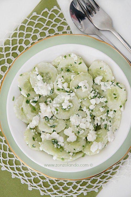 Insalata di cetrioli e fiocchi di latte - Cucumber salad with cottage cheese   From Zonzolando.com