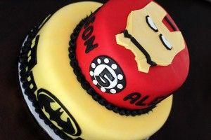 CiaoAnnie: Batman and Iron Man Cake