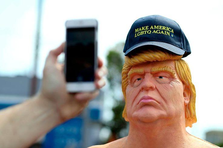 Nackte Trump-Skulptur sorgt in US-Städten für Aufsehen - US-Wahlkampf…