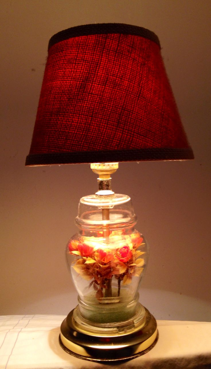 This lamp used to belong to my aunt. She always has great taste in home decor. This us my favourite lamp.