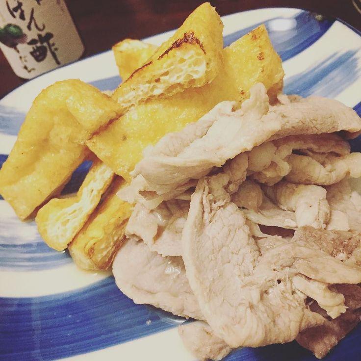 #pork #deepfriedtofu #aburaage #sakamushi #酒蒸し #homecooking #dinner #meal #dish #ponzu by katlla