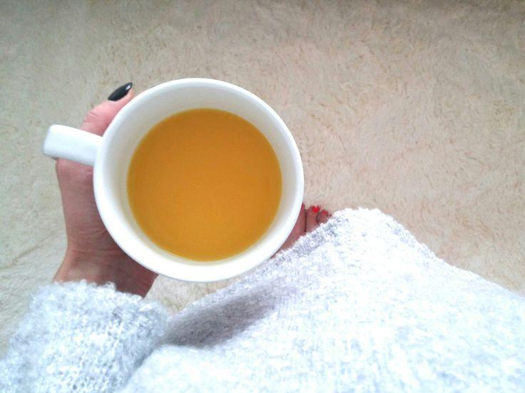 Na niepogodę najlepsza porcja witamin z pomarańczy i mango😃🍊 --> Zapraszam moją stronę na fb https://m.facebook.com/eatdrinklooklove/ ❤  For bad weather, the best does of vitamins with orange and mango 😃🍊 --> I invite my page on fb https://m.facebook.com/eatdrinklooklove/ ❤