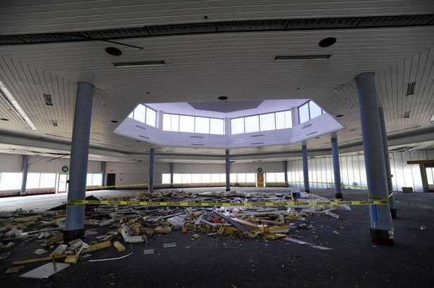 Old terminal (concourse C) at Indianapolis International ...
