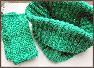 Maak Het FF-Maddy's blog: Colletje en vingerloze handschoentjes. Gehaakt met Zeeman Acryl en haaknaald no.5