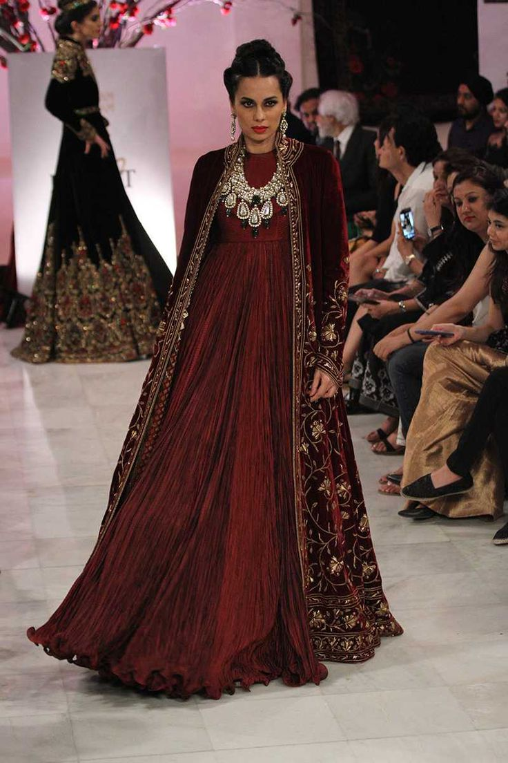 Rohit Bal. ICW 16'. Indian Couture.