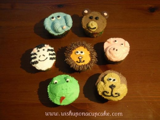19 best animal cupcakes images on pinterest cupcake for Animal cake decoration ideas