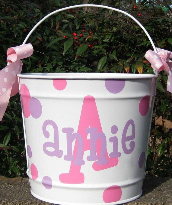 442 best images about easter on pinterest acrylic - Custom made easter baskets ...