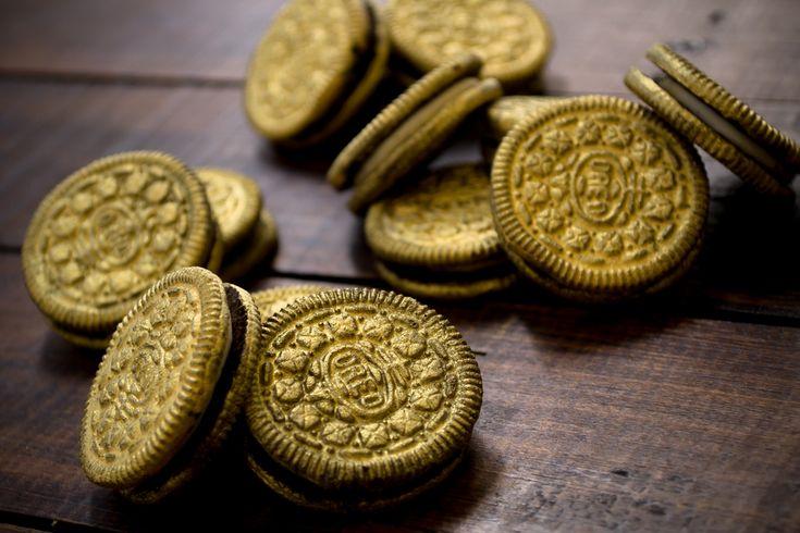 Este tip te encantará para darle un giro a las galletas en las fiestas infantiles, atrévete a hacer estas monedas de pirata.