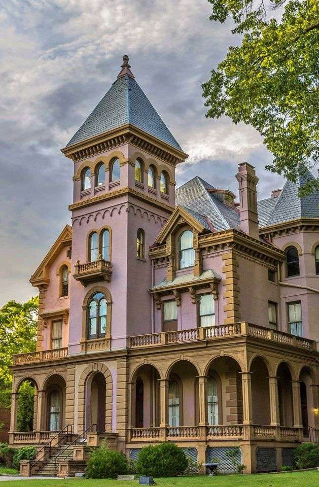 100s of Victorian Homes    http://pinterest.com/njestates/victorian-homes/  Thanks To http://www.njestates.net/