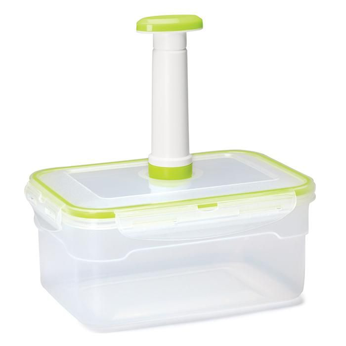 "Marinate meats, seafood, tofu and vegetables. Holds up to 2.5 liters. Approx. 9 ¼"" L x 6 ½"" W x 4 1/8"" H. Dishwasher safe. Plastic. Imported."