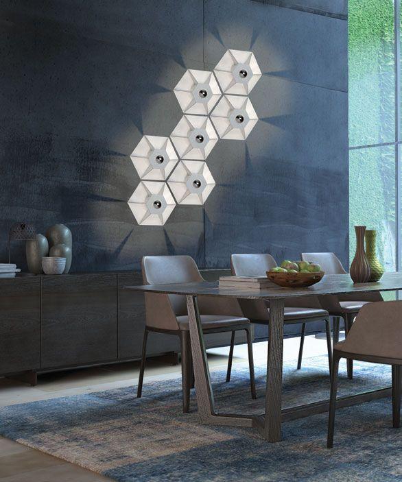 Απλίκα τοίχου, πλαφονιέρα οροφής, φωτιστικό μονόφωτο, σε μοντέρνο στυλ, κατασκευασμένο από ατσάλι σε εξάγωνο σχήμα. Από την Zambelis Lights. ------------------------------------ Wall light, ceiling lamp, in modern style, made of hexagonal steel. #livingroom #livingroomideas #decoration #papantoniougr #modern #style #wallart #walllight #lighting