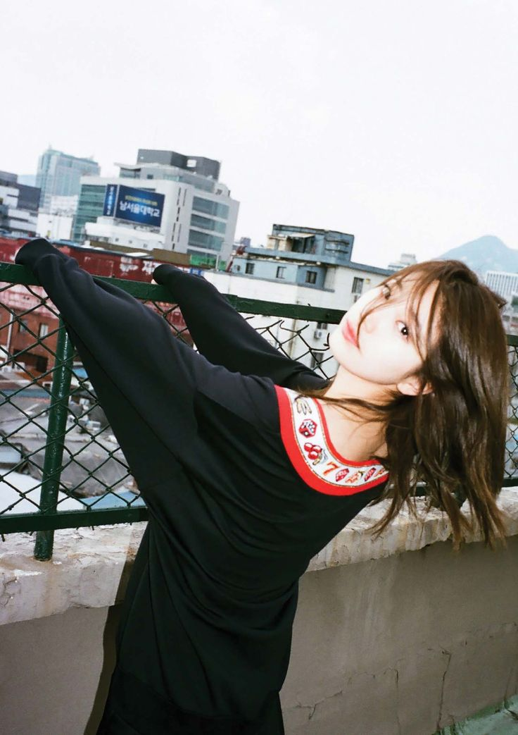 Suzy - Dazed & Confused Korea