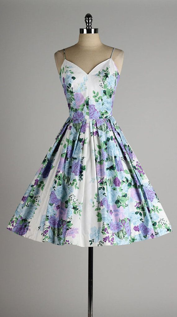 Vintage 1950s Dress. Floral Polished Cotton by millstreetvintage.