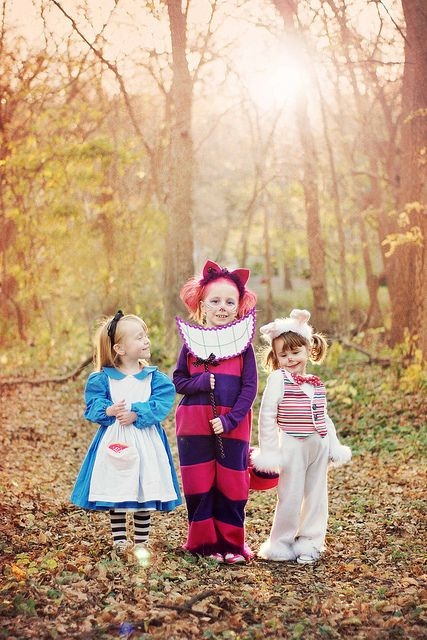 Alice in Wonderland costumes.. i can't even handle this- so cute! looking for ideas for me and this is what i end up doing!