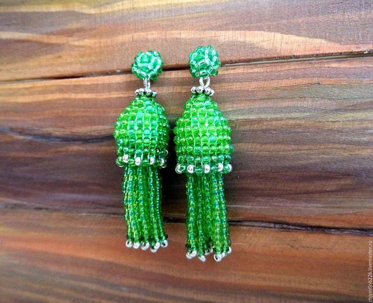 Купить Серьги маленькие кисточки зеленые. - ярко-зелёный, зеленый, светло-зеленый, зеленые серьги