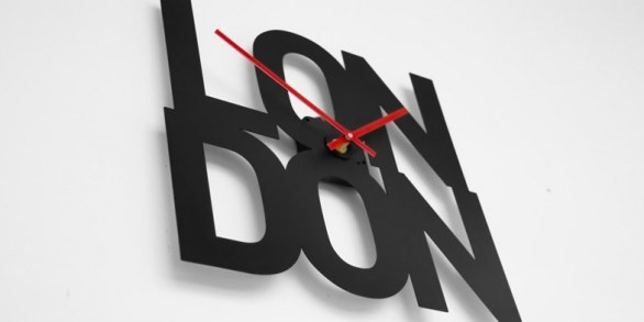 """""""Typographic Time Zone Clocks"""" ideata dallo studio Goodwin+Goodwin"""