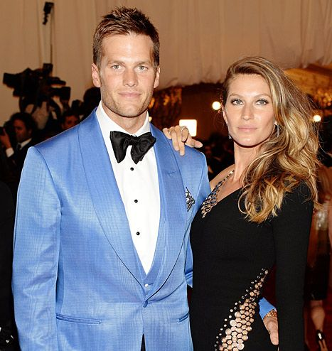 Gisele Bundchen and Tom Brady are reportedly in contract to buy a $14 million full-floor condo in New York City.