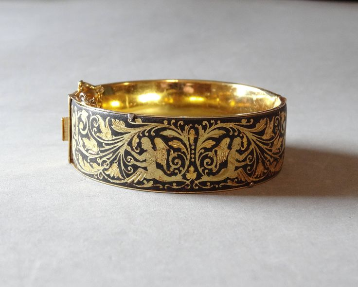 Vintage Damascene Angel Bangle Bracelet Gold w Black Enamel Spanish Toledo Jewelry
