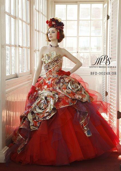 「和ドレス」で、和の雰囲気を残しつつお色直しでイメージチェンジ♪ 箱根で行う披露宴のアイデア☆