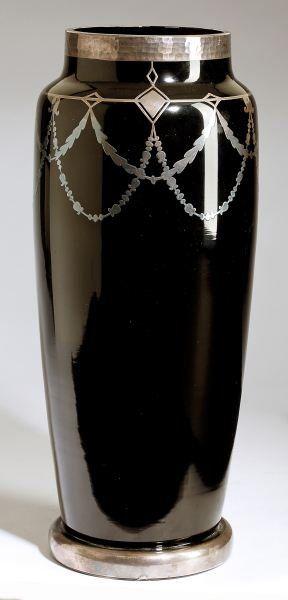 80 Best Black Glass Images On Pinterest Black Glass Flower Vases