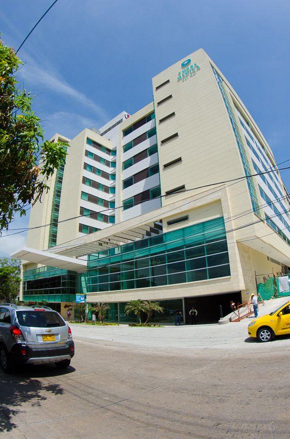 Torre Medica del Mar Center,construcción de la torre. Año de construcción: 2013. Barranquilla, Atlántico, Colombia. Cliente: Obra propia con el socio Hospitalar group