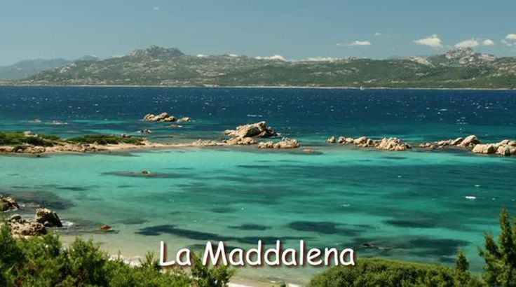 #Sardinia stunning coastline: immaculate beaches, crystal clears waters of emerald and turquoise hues #LoveSardinia