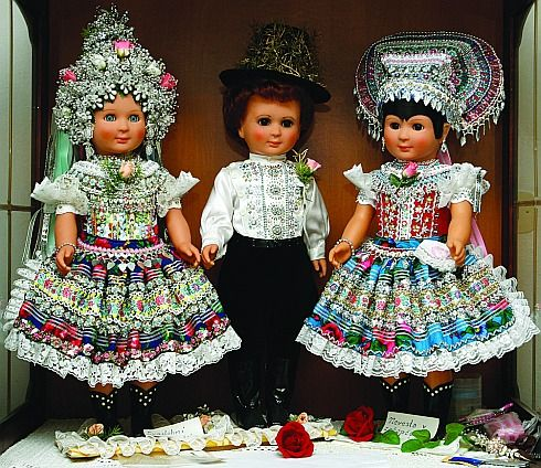 dolls in traditional slovak folk costume (Čajkov)