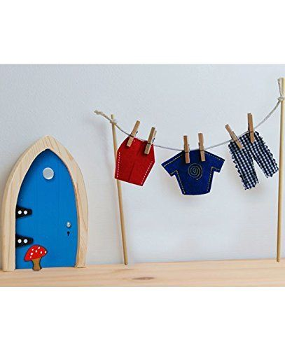 The Irish Fairy Door Company - Clothes Line with Male Clothes