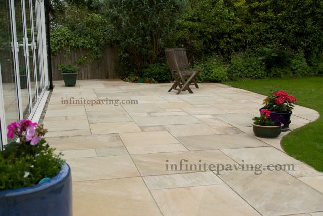 LOVE IT - infinitepaving - supplying high quality natural stone paving, indian sandstone and indian limestone in patio packs, circles, setts, steps and walling for garden patios and interior flooring.