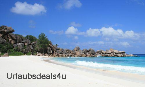 Urlaubsdeals4u sucht für Euch Urlaubsangebote zu unglaublich günstigen Preisen. Egal ob Ihr auf der Suche nach einer Pauschalreise, einem günstigen Flug oder einer schönen Unterkunft seid, wir recherchieren täglich die besten Deals. Bei konkreten Wünschen kontaktiert uns gerne direkt.