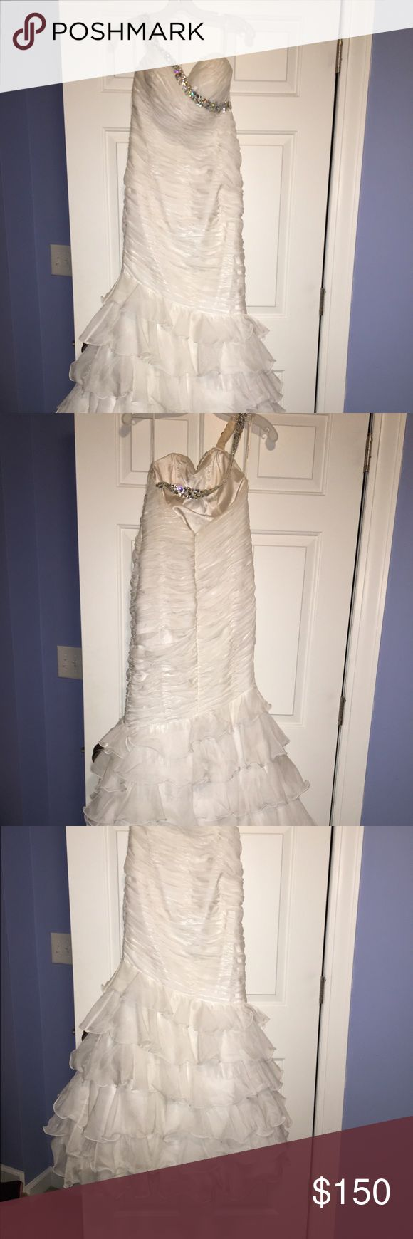 Alyce Prom Dress Only worn once. Great condition. Nothing is wrong. On the strap the inside has a little of the spray on tan rubbed on it but you wouldn't see it unless the dress is off. Need gone ASAP! Alyce Paris Dresses Prom