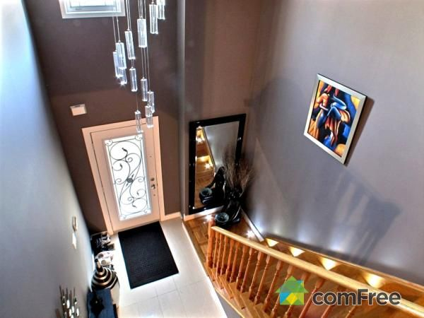 Check out this Staircase in Maple #ComFree