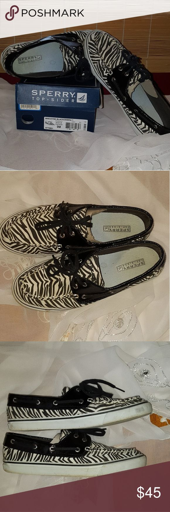 """Sperry top siders Great Ladies sperry topsiders """"Biscayne"""" black stylish zebra print, size 9. Preowned in box like new condition. Sperry Top-Sider Shoes Flats & Loafers"""