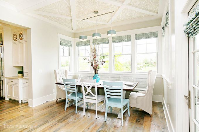 window seatKitchens, Decor, House Tours, Dining Room, Dreams Home, Beach House, House Ideas, Breakfast Nooks, Breakfast Room