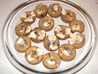 gooey cookies and cream bars oh how i love sweetened condensed milk ...